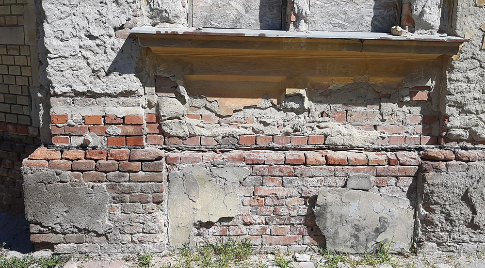 Vízszigetelés, erősen vizes és só szennyezett fal